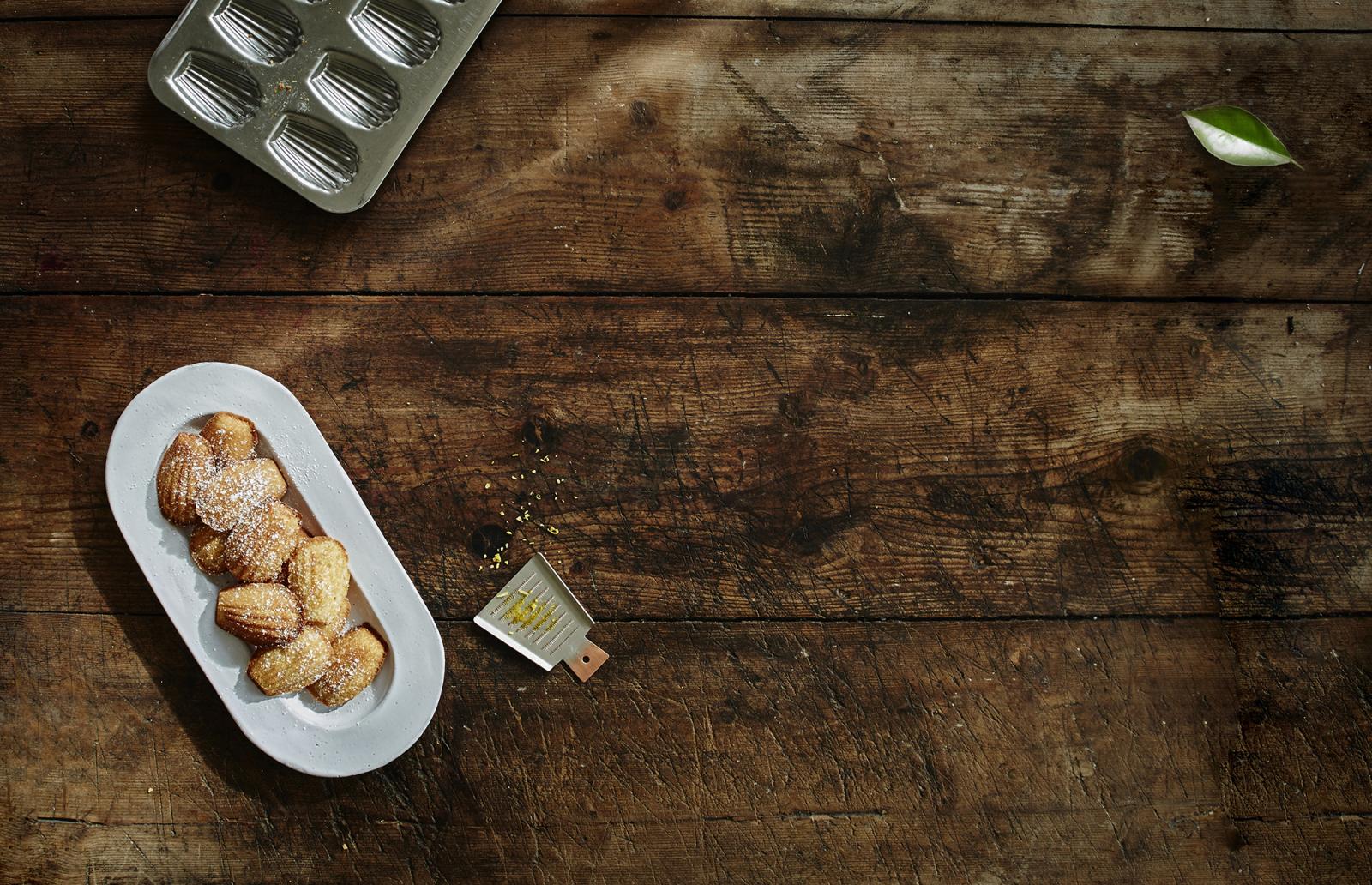 Göteborgarnas favorit-patissier & chocolatier Sylvain Marron bjuder på sitt recept för de perfekta Madeleinekakorna!