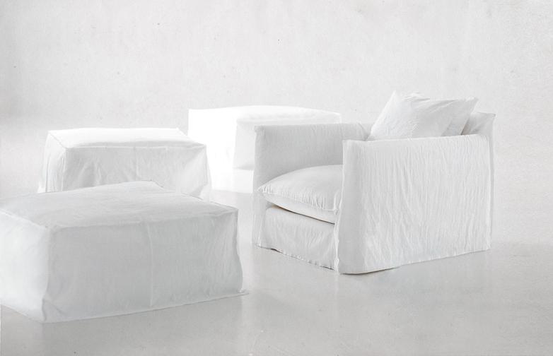 Ghost 01 Deep Armchair