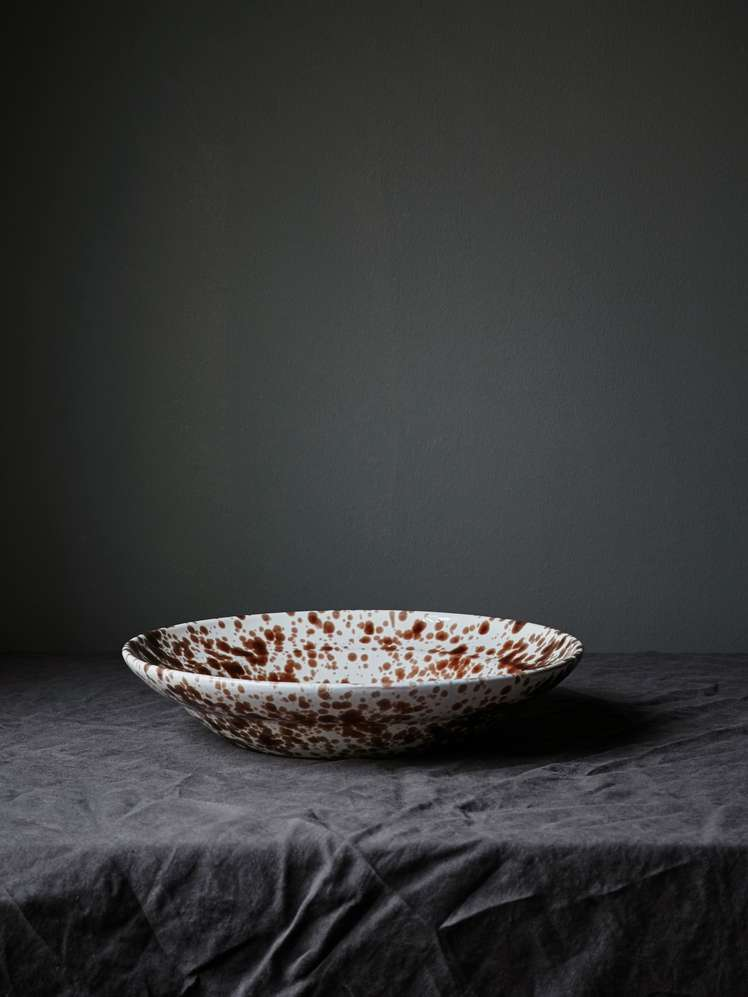 Spruzzi Vivente - Medium Serving Bowl - Brown
