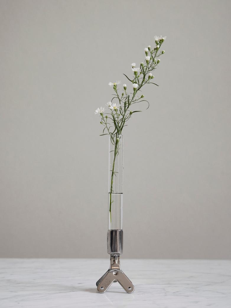 Clip vase
