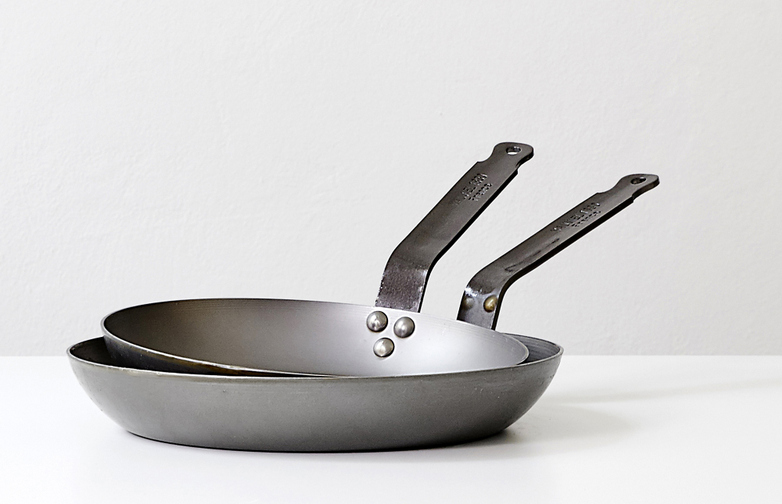 Carbon Frying Pan