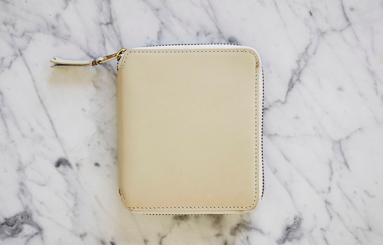 Classic Zip Around Wallet White