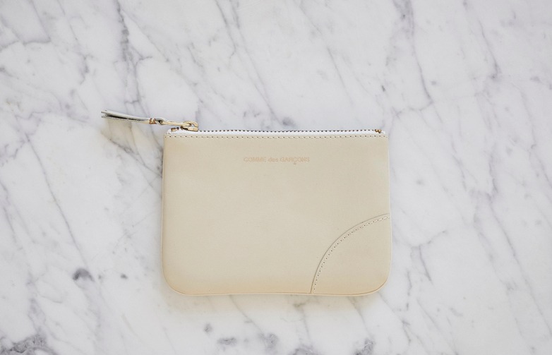 Classic Zip Pouch Wallet Small White